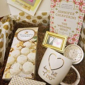 """Days till """"I DO"""" Gift Box"""